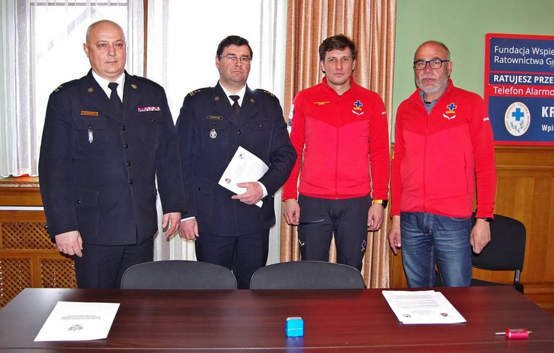 Ogromny Na mocy porozumienia strażacy i ratownicy GOPR mają współpracować CK46